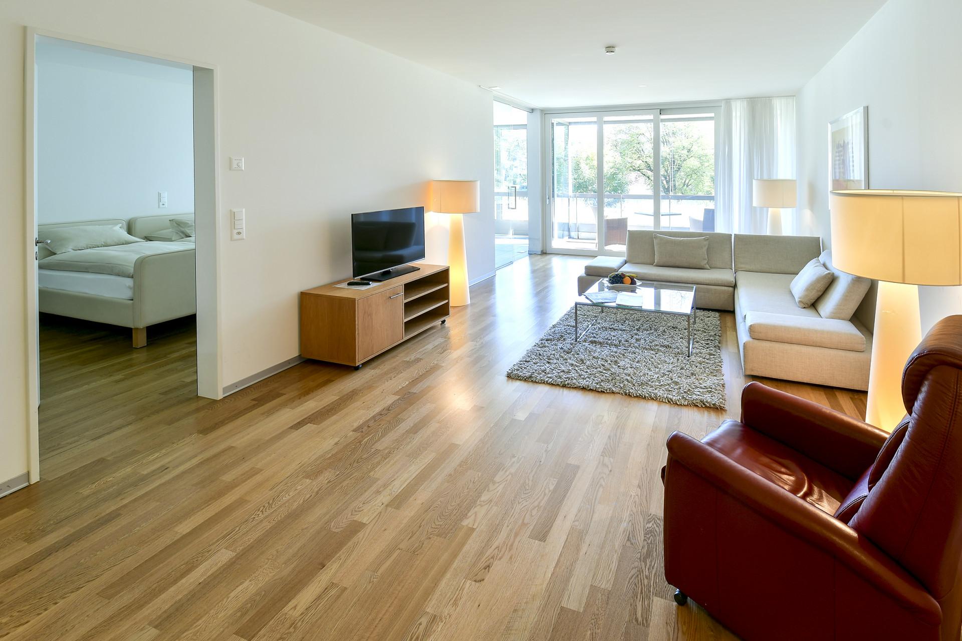Wohnzimmer der Junior-Suite im Park-Hotel am Rhein